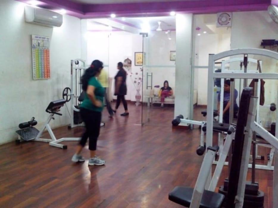 Diva Fitness Studio (women only)